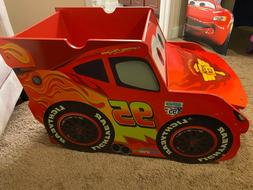 Disney Cars Lightning McQueen Red Wooden Toy Box Storage Che