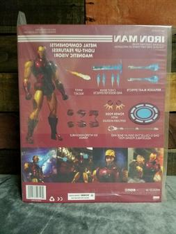 Mezco Toys ONE:12 Collective Iron Man Light Up Chest Metal F